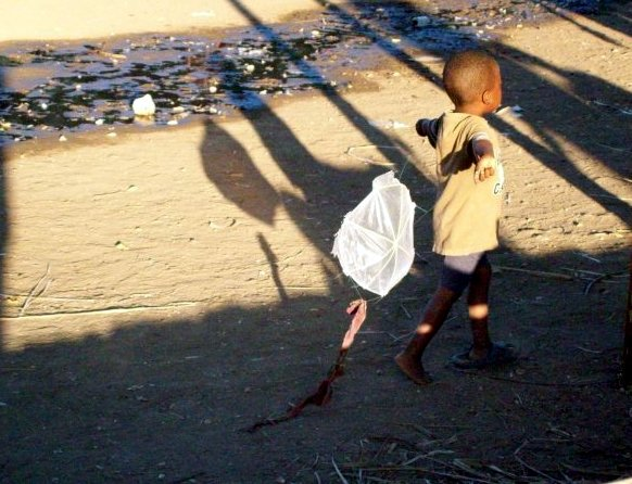haiti-boy-with-kite-best